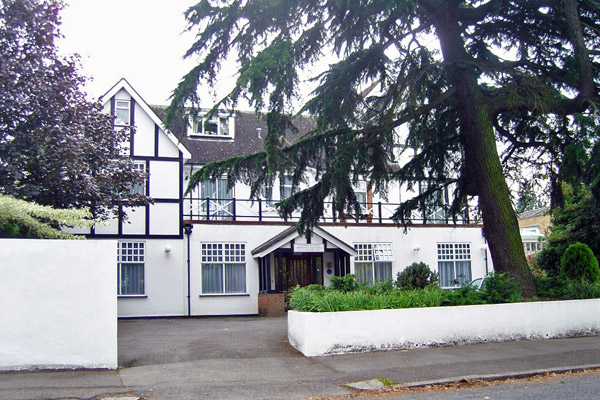 Surrey Care Home Sold to Experienced Operator